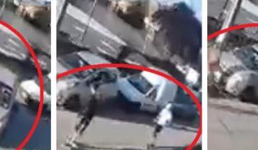 Madre entrega a su hijo por robar un carro en Chile