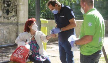 Operativo puerta a puerta en La Plata para prevenir el coronavirus