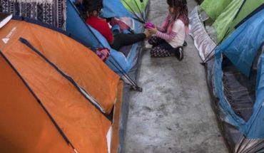 Papás de niñas arrojadas en la frontera viven en EEUU