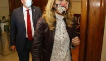 Senadora Rincón oficia a ministro Paris para que elimine receta para anticonceptivos