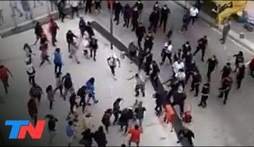 Manifestantes intentaron tomar el ministerio de Desarrollo Humano y Hábitat porteño