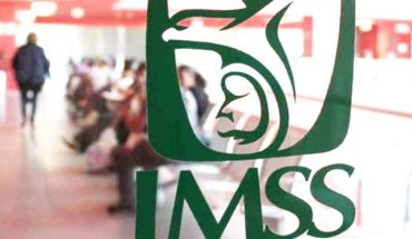 IMSS separated hospital director from position for vaccinating his son against Covid-19