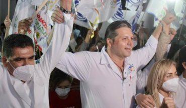 Jesús López began his campaign recognizing health personnel