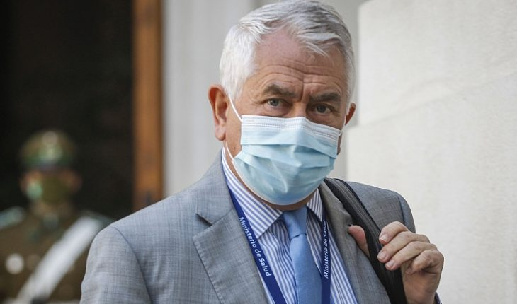 """Paris will meet with Piñera to discuss new measures restricting mobility: """"Personally, it seems that we are not quarantined"""""""