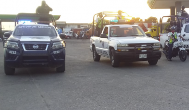 Three charred cops are located on the road to the Oaxacan community