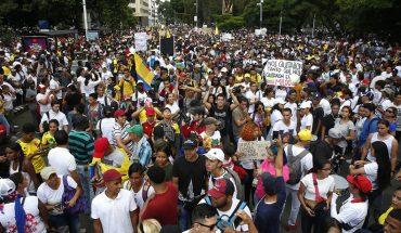 Al menos 41 manifestantes heridos en última jornada de protestas en Colombia