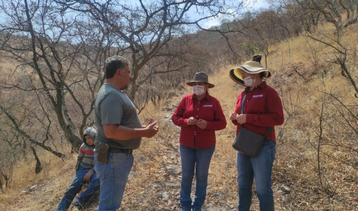 Alejandra Pimentel se compromete con preservar bienes naturales