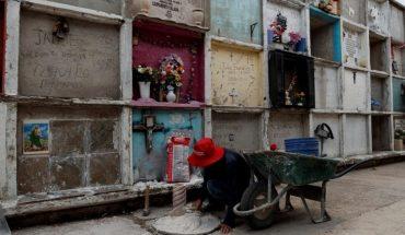 Cementerios mexicanos dejan atrás el horror de muertes