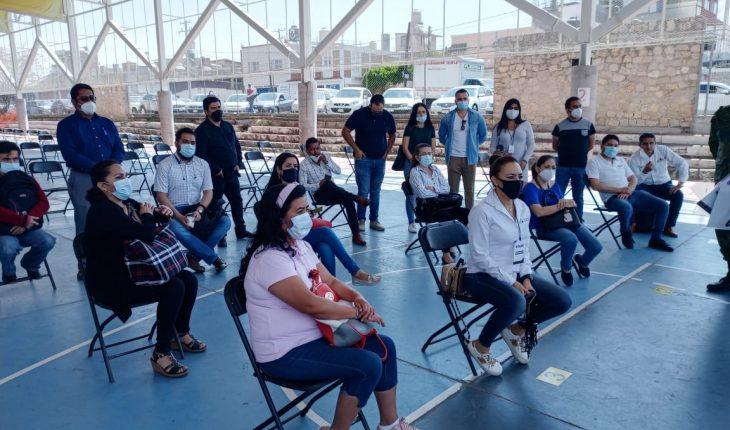 Concluye vacunación anti COVID-19 a personal educativo en Michoacán