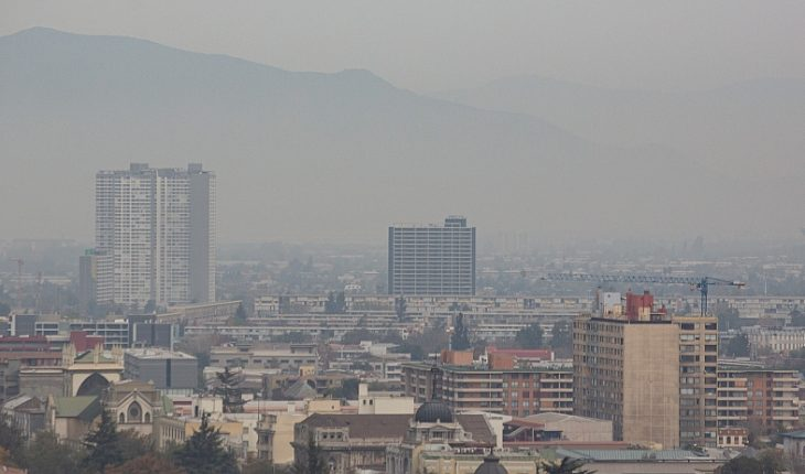 Decretan Alerta Ambiental para este martes en la Región Metropolitana