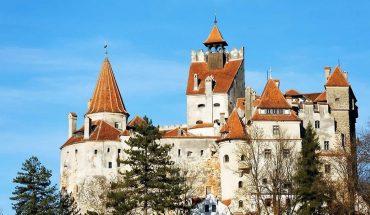El castillo de Drácula, otro de los sitios turísticos que vacuna a sus visitantes contra el Covid-19