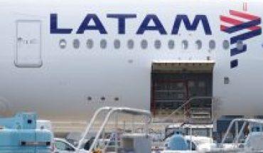 En caída libre: Acciones de Latam Airlines se desploman un 20,4% y se suspende su cotización