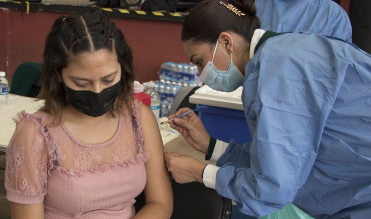 En julio inicia vacunación de 40 a 49 años; para octubre todo el país estará vacunado: AMLO