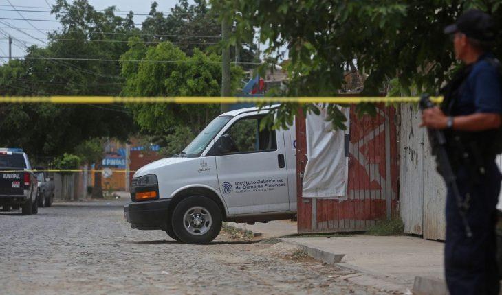 Hallan 70 bolsas con restos de 11 personas en una finca de Tonalá, Jalisco
