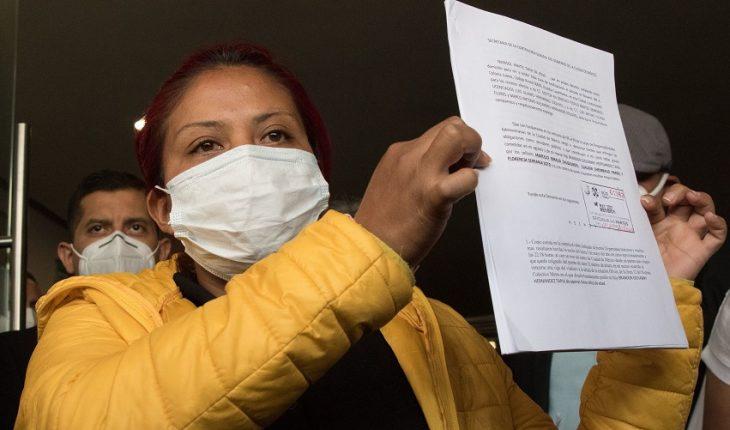Madre de víctima en colapso del Metro denuncia a autoridades de CDMX