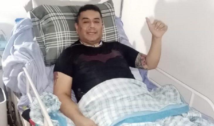 Médico de farmacia enfrenta meses de recuperación tras caer por COVID