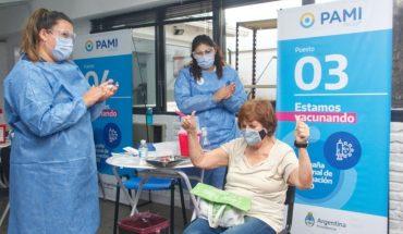 PAMI aplicó 10.000 dosis desde que comenzó a vacunar en la Ciudad