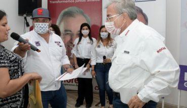 Rubén Rocha Moya atiende propuestas en Foro de Discapacidad