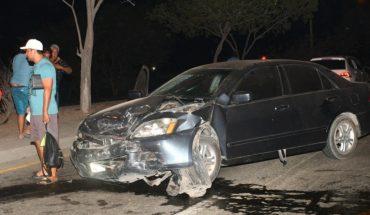 Tremendo choque entre dos autos deja heridos en Mazatlán