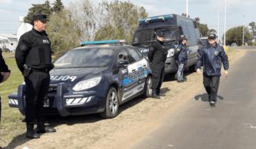 Vendían armas robadas de la policía por redes sociales y los detuvieron