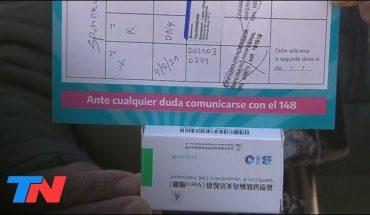 A Blanca le dieron dos vacunas distintas contra el COVID: una de Sputnik y otra de Sinopharm