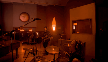Airbag celebrates La Renga and presents his version of The Ballad of the Devil and Death