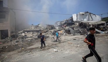 Israel and Hamas commit to a truce after eleven days of hostilities