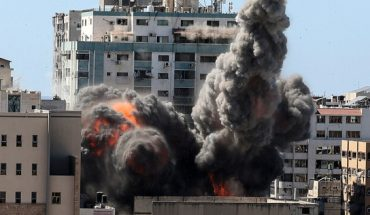Israel bombs another tower in Gaza, headquarters of AP news agency and Al Jazeera