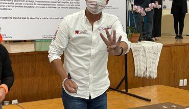 Iván Pérez Negrón signs security and civic justice agreement before COPARMEX