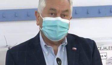 """Minister of Health came to cast his vote and acknowledged that the pandemic scenario """"remains complex"""""""