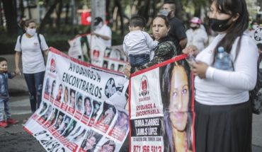 Mothers of missing persons march on CDMX; demand search