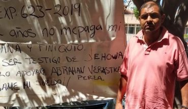 Worker protests in Administrative Unit in Los Mochis