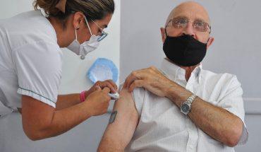 Covid-19: desde mañana, la Provincia vacunará sin turno a los mayores de 55 años