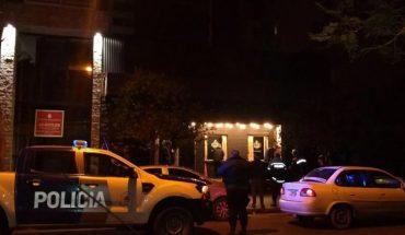 Desactivaron una fiesta clandestina con más de 150 personas en un bar de Mar del Plata