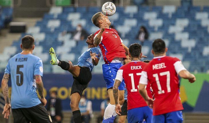 """En un partido teñido por las lesiones la """"Roja"""" empató con Uruguay en el Arena Pantanal"""