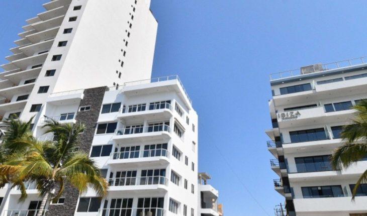 Hoteleros urgen regular condominios turísticos en Mazatlán