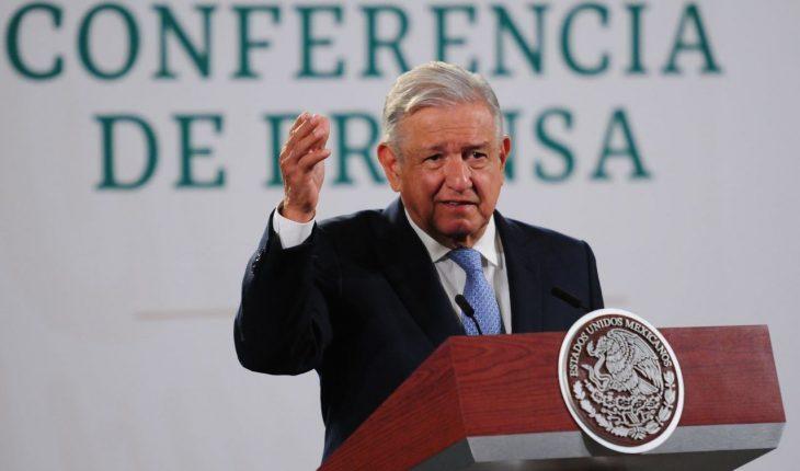 INE ordena suspender difusión de 3 conferencias de AMLO por intromisión
