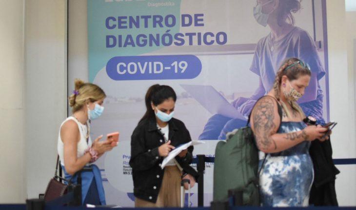 México registra mil 527 nuevos casos de COVID; han fallecido 230 mil 150