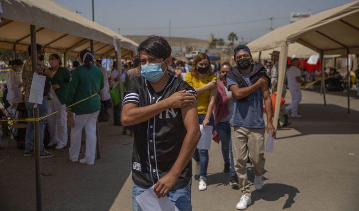 México registra mil 578 casos COVID; se han vacunado 27.7 millones