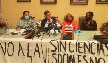 Nicolaitas rechazan acusan de lesiva Reforma al Bachillerato Nicolaita