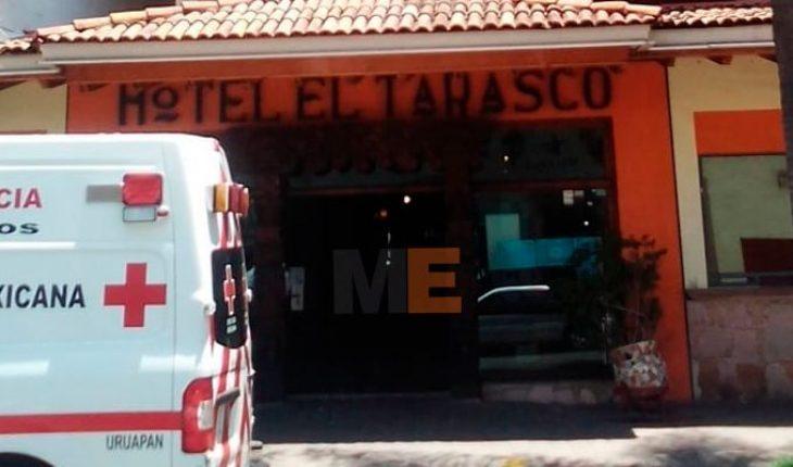 Paramédicos y policías evitan suicidio de una mujer en un hotel de Uruapan, Michoacán