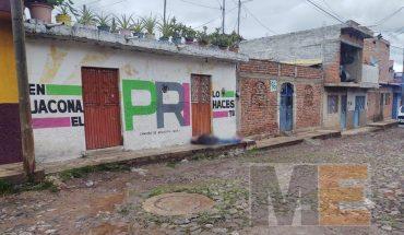 Peatón es ultimado a balazos en la colonia Los Sabinos, Jacona
