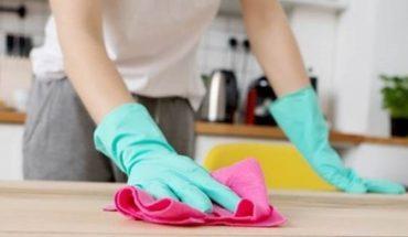 Personal doméstico: acuerdan un aumento salarial de 42% y un 1% por antigüedad