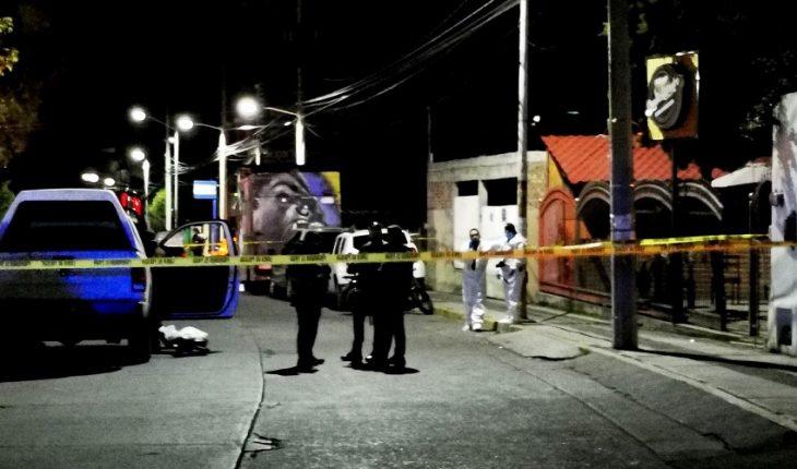 matan a policías y asesinan a 7 personas en vecindad