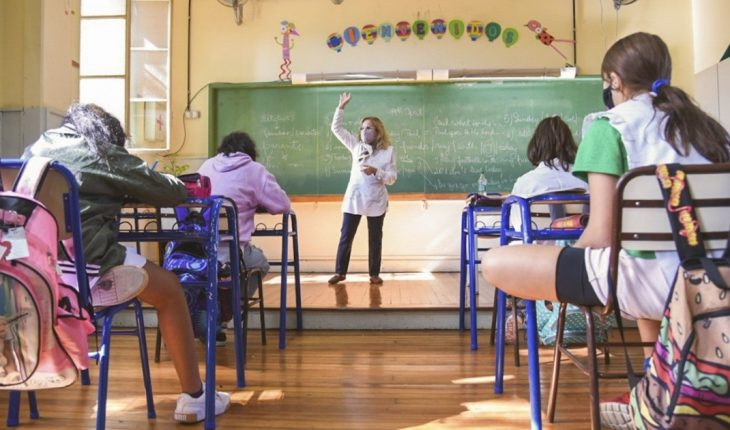 Controversy over the CABA government's recommendation for winter in classrooms