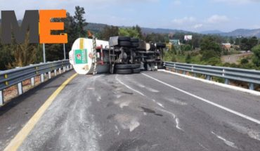 Overturns Pemex pipe in the Pátzcuaro-Cuitzeo; there is a wounded