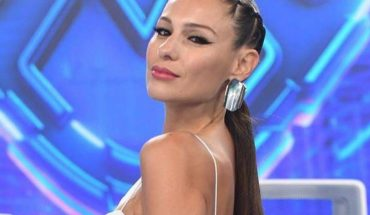 """Pampita put the dots to Tinelli: """"If he comes, I leave"""""""