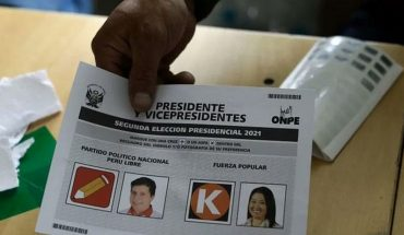 Peru's Prime Minister Asks to Wait for Official Election Results Before Holding