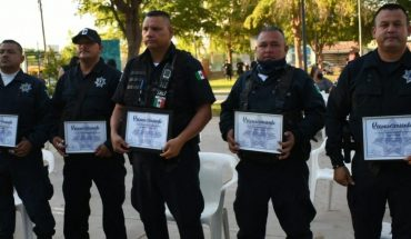 Police officers recognized in Los Mochis, Sinaloa