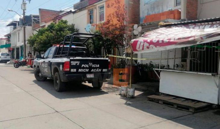 Asesinan a una persona y hieren a otra en Infonavit Rosa de Castilla en Uruapan